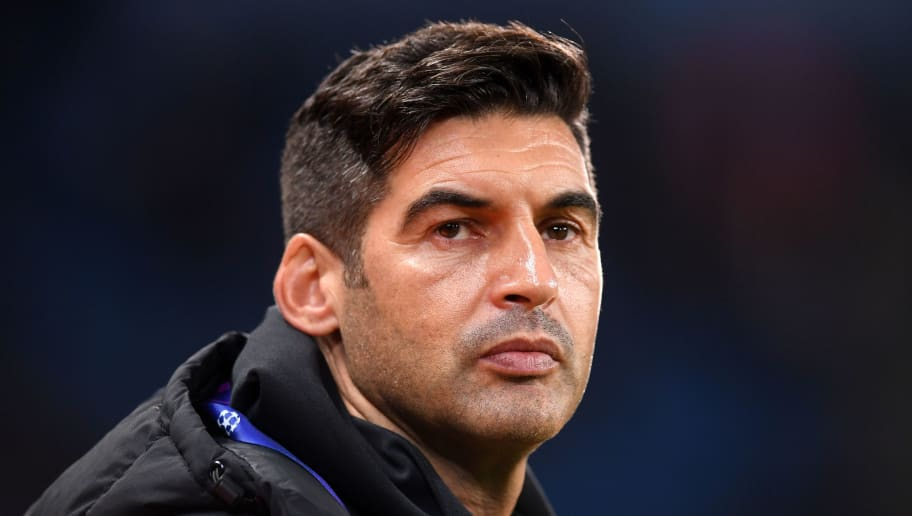 MANCHESTER, ENGLAND - NOVEMBER 07: Paulo Fonseca manager of Shakhtar Donetsk looks on prior to the Group F match of the UEFA Champions League between Manchester City and FC Shakhtar Donetsk at Etihad Stadium on November 7, 2018 in Manchester, United Kingdom.  (Photo by Laurence Griffiths/Getty Images)