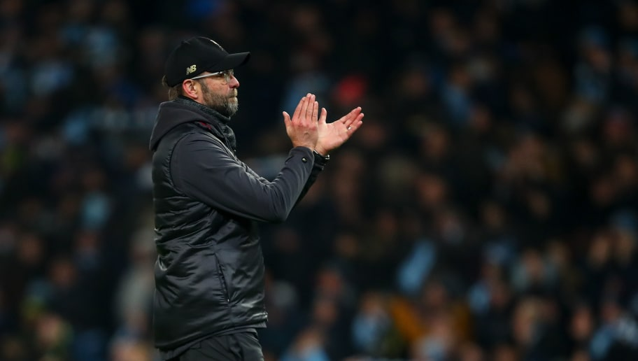 MANCHESTER, ENGLAND - JANUARY 03: Jurgen Klopp manager / head coach of Liverpool applauds the fans at full time during the Premier League match between Manchester City and Liverpool FC at Etihad Stadium on January 3, 2019 in Manchester, United Kingdom. (Photo by Robbie Jay Barratt - AMA/Getty Images)