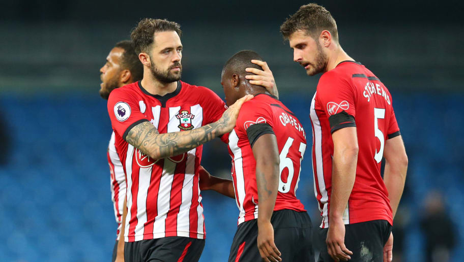 MANCHESTER, ENGLAND - NOVEMBER 04:  Danny Ings of Southampton and Michael Obafemi of Southampton look dejected following their sides defeat in the Premier League match between Manchester City and Southampton FC at Etihad Stadium on November 4, 2018 in Manchester, United Kingdom.  (Photo by Alex Livesey/Getty Images)
