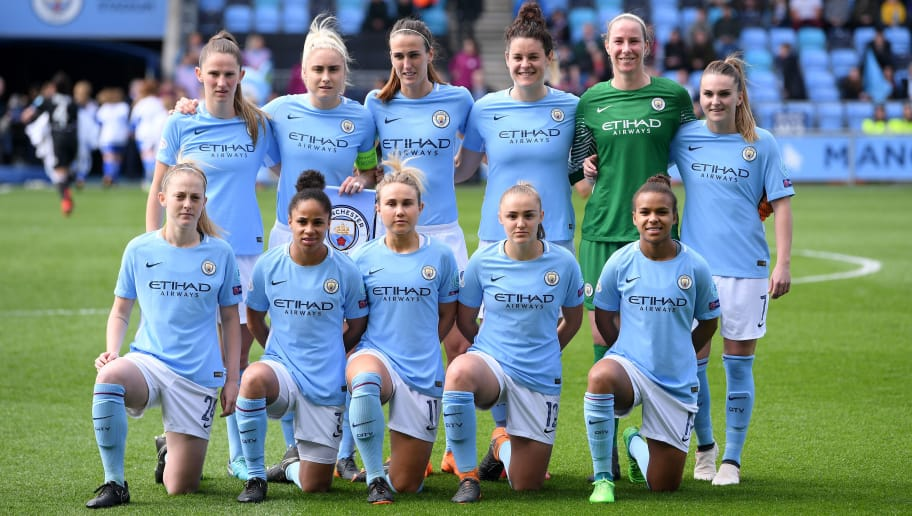 MANCHESTER, ENGLAND - APRIL 22:  Players of Manchester City Women pose for a team photo prior to the UEFA Women's Champions League Semi Final, first leg match between Manchester City Women and Lyon at The Academy Stadium on April 22, 2018 in Manchester, England.  (Photo by Laurence Griffiths/Getty Images)
