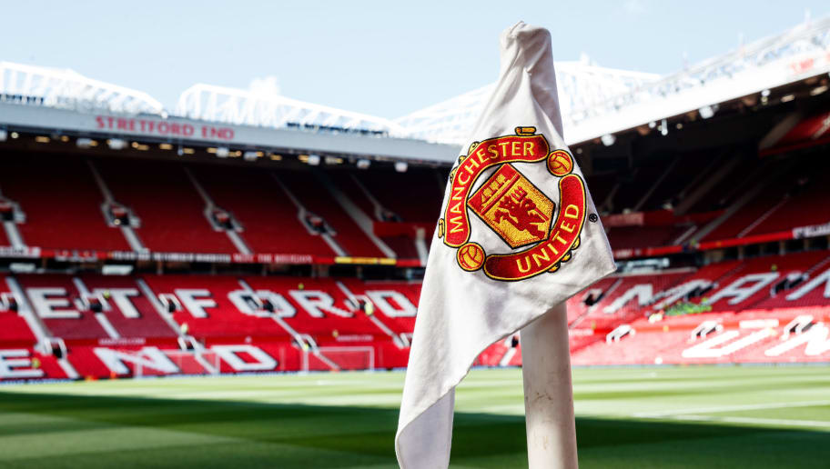 Man Utd Invite Thai Boys Football Team Coach To Old Trafford Following Cave Rescue 90min