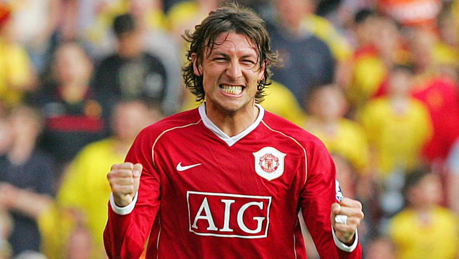 Manchester United's Gabriel Heinze celeb...