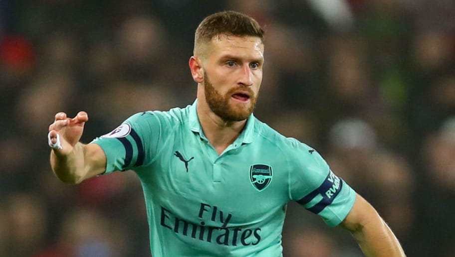 MANCHESTER, ENGLAND - DECEMBER 05: Shkodran Mustafi of Arsenal during the Premier League match between Manchester United and Arsenal FC at Old Trafford on December 5, 2018 in Manchester, United Kingdom. (Photo by Robbie Jay Barratt - AMA/Getty Images)