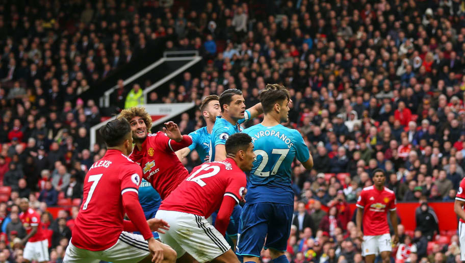MANCHESTER, ENGLAND - APRIL 29: Marouane Fellaini of Manchester United scores a goal to make it 2-1 during the Premier League match between Manchester United and Arsenal at Old Trafford on April 29, 2018 in Manchester, England. (Photo by Robbie Jay Barratt - AMA/Getty Images)