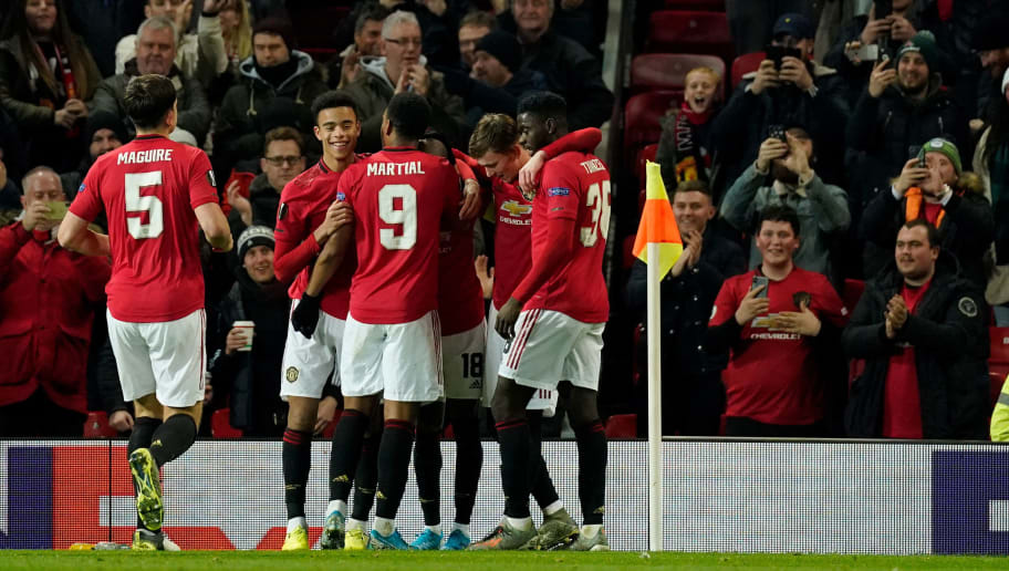 Premier League: 3 Things to Look Forward to as Manchester United Host Everton