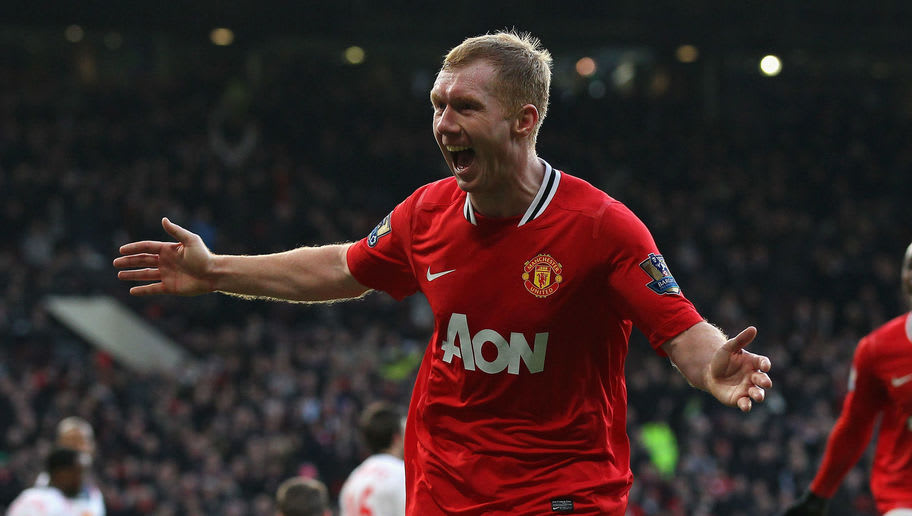 a82022e67fc MANCHESTER, ENGLAND - JANUARY 14: Paul Scholes of Manchester United  celebrates after scoring the