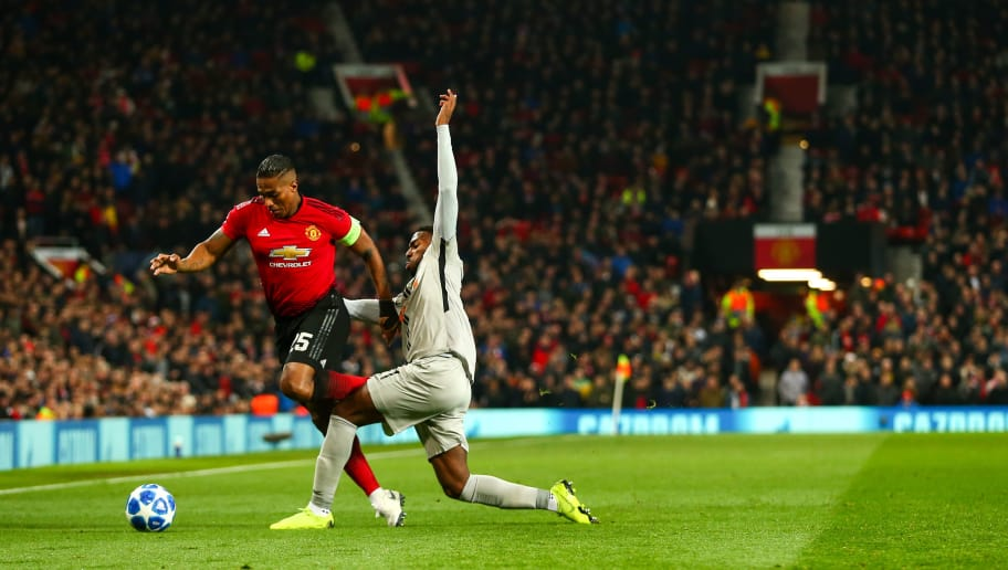 MANCHESTER, ENGLAND - NOVEMBER 27:  Antonio Valencia of Manchester United during the Group H match of the UEFA Champions League between Manchester United and BSC Young Boys at Old Trafford on November 27, 2018 in Manchester, United Kingdom. (Photo by Robbie Jay Barratt - AMA/Getty Images)