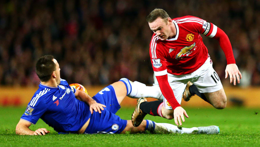 MANCHESTER, ENGLAND - DECEMBER 28:  Wayne Rooney of Manchester United battles for the ball with John Terry of Chelsea during the Barclays Premier League match between Manchester United and Chelsea at Old Trafford on December 28, 2015 in Manchester, England.  (Photo by Clive Mason/Getty Images)