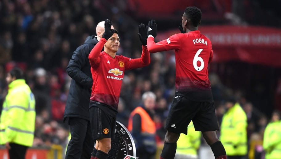 MANCHESTER, ENGLAND - NOVEMBER 24:  Paul Pogba is substituted and replaced by Alexis Sanchez of Manchester United during the Premier League match between Manchester United and Crystal Palace at Old Trafford on November 24, 2018 in Manchester, United Kingdom.  (Photo by Laurence Griffiths/Getty Images)