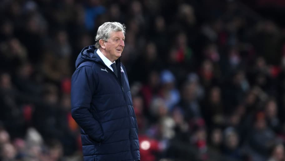 MANCHESTER, ENGLAND - NOVEMBER 24:  Roy Hodgson, Manager of Crystal Palace looks on during the Premier League match between Manchester United and Crystal Palace at Old Trafford on November 24, 2018 in Manchester, United Kingdom.  (Photo by Laurence Griffiths/Getty Images)