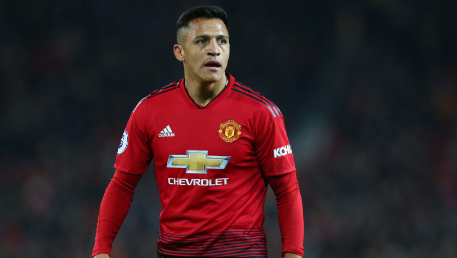 MANCHESTER, ENGLAND - NOVEMBER 24:  Alexis Sanchez of Manchester United looks on during the Premier League match between Manchester United and Crystal Palace at Old Trafford on November 24, 2018 in Manchester, United Kingdom.  (Photo by Alex Livesey/Getty Images)