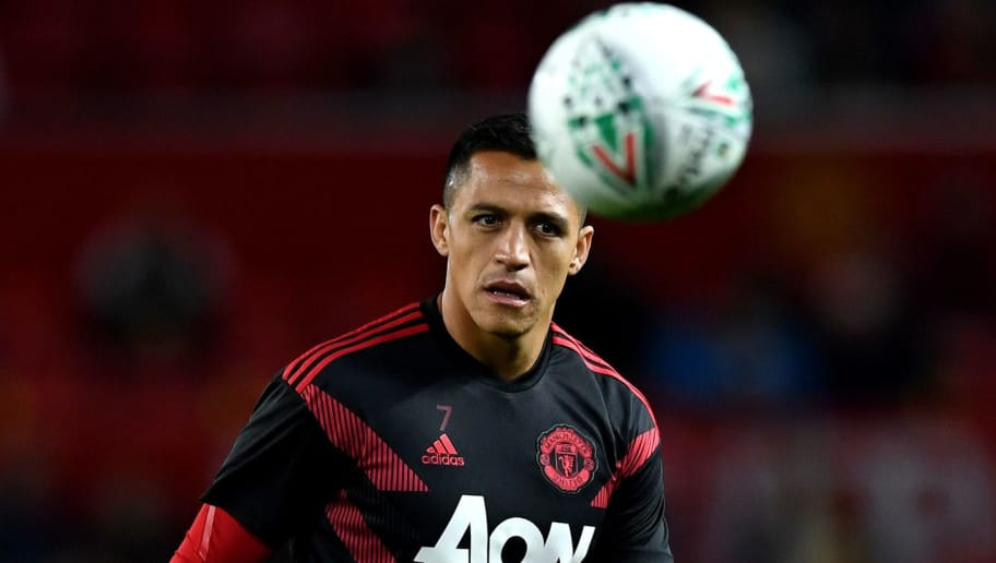 MANCHESTER, ENGLAND - SEPTEMBER 25: Alexis Sanchez of Manchester United warms up prior to the Carabao Cup Third Round match between Manchester United and Derby County at Old Trafford on September 25, 2018 in Manchester, England.  (Photo by Gareth Copley/Getty Images)