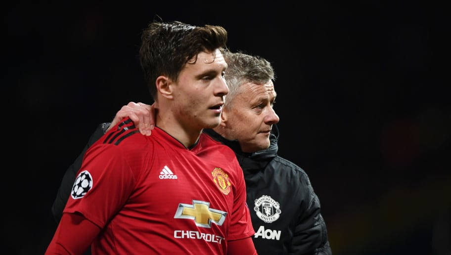 Victor Lindelof Insists He Is Happy at Manchester United Amid Barcleona Links