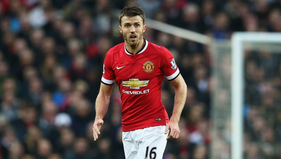 MANCHESTER, ENGLAND - NOVEMBER 29:  Michael Carrick of Manchester United in action during the Barclays Premier League match between Manchester United and Hull City at Old Trafford on November 29, 2014 in Manchester, England.  (Photo by Matthew Lewis/Getty Images)