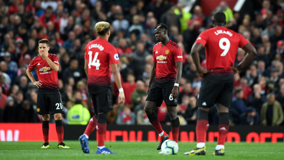 MANCHESTER, ENGLAND - AUGUST 27:  Ander Herrera, Jesse Lingard, Paul Pogba and Romelu Lukaku of Manchester United looks dejected during the Premier League match between Manchester United and Tottenham Hotspur at Old Trafford on August 27, 2018 in Manchester, United Kingdom.  (Photo by Michael Regan/Getty Images)