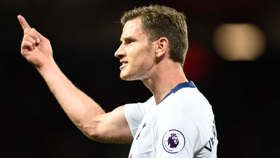 MANCHESTER, ENGLAND - AUGUST 27:  Jan Vertonghen of Tottenham Hotspur reacts during the Premier League match between Manchester United and Tottenham Hotspur at Old Trafford on August 27, 2018 in Manchester, United Kingdom.  (Photo by Clive Mason/Getty Images)