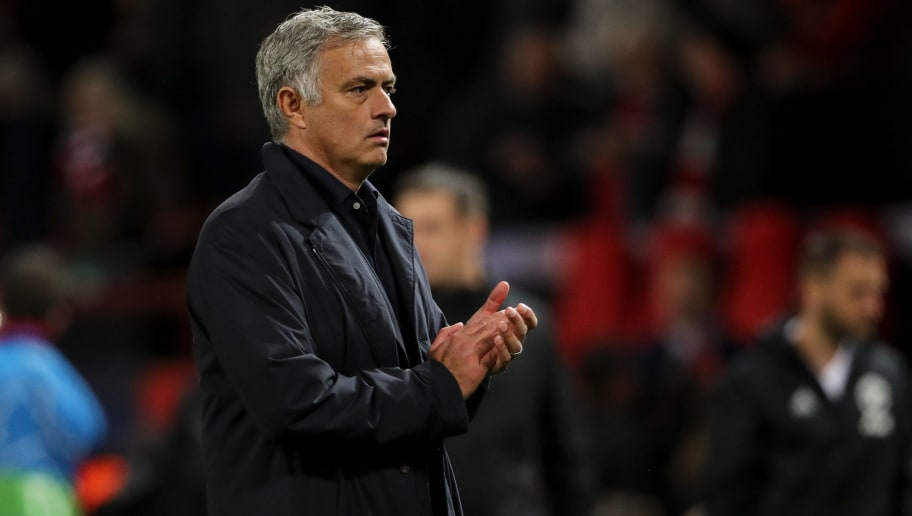MANCHESTER, ENGLAND - OCTOBER 02: A dejected Jose Mourinho manager \ head coach of Manchester United applauds the fans at full time during the Group H match of the UEFA Champions League between Manchester United and Valencia at Old Trafford on October 2, 2018 in Manchester, United Kingdom. (Photo by Matthew Ashton - AMA/Getty Images)