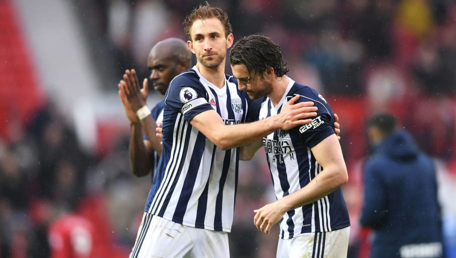 MANCHESTER, ENGLAND - APRIL 15:  Craig Dawson of West Bromwich Albion congratulates Jay Rodriguez of West Bromwich Albion after the Premier League match between Manchester United and West Bromwich Albion at Old Trafford on April 15, 2018 in Manchester, England.  (Photo by Laurence Griffiths/Getty Images)