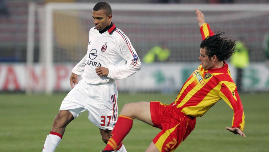Lecce's Italian defender Lorenzo Stovini