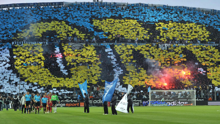 Marseille's supporters use paper sheets