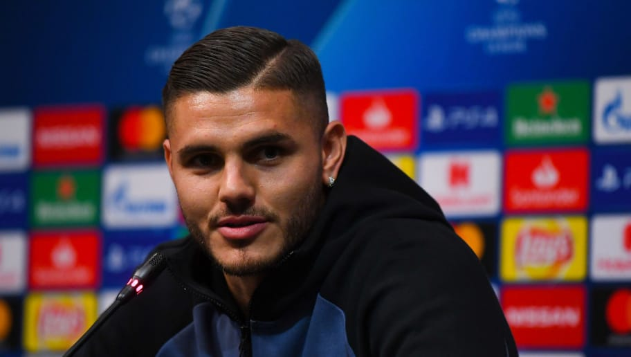 BARCELONA, SPAIN - OCTOBER 23: Mauro Icardi of FC Internazionale faces the media during a press conference ahead of the UEFA Champions League Group B match between FC Barcelona and FC Internazionale at Camp Nou on October 23, 2018 in Barcelona, Spain.  (Photo by David Ramos/Getty Images)
