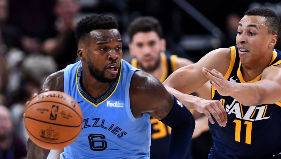 SALT LAKE CITY, UT - NOVEMBER 02: Shelvin Mack #6 of the Memphis Grizzlies drives past Dante Exum #11 of the Utah Jazz in the first half of a NBA game at Vivint Smart Home Arena on November 2, 2018 in Salt Lake City, Utah. NOTE TO USER: User expressly acknowledges and agrees that, by downloading and or using this photograph, User is consenting to the terms and conditions of the Getty Images License Agreement. (Photo by Gene Sweeney Jr./Getty Images)