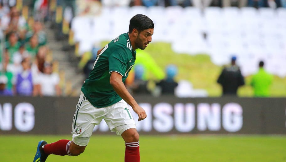 MEXICO CITY, MEXICO - JUNE 02: Carlos Vela of Mexico controls the ball during the International Friendly match between Mexico and Scotland at Estadio Azteca on June 2, 2018 in Mexico City, Mexico. (Photo by Manuel Velasquez/Getty Images)
