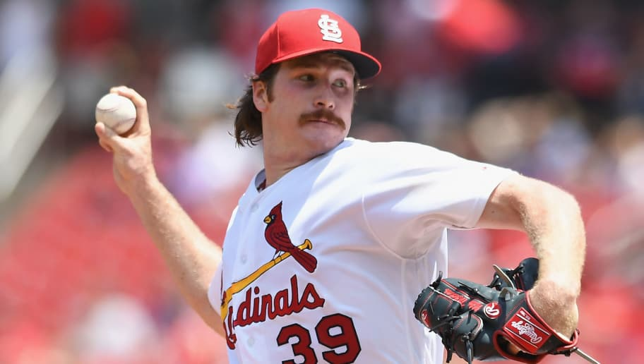 ST LOUIS, MO - JUNE 07:  Miles Mikolas #39 of the St. Louis Cardinals pitches in the sixth inning against the Miami Marlins at Busch Stadium on June 7, 2018 in St Louis, Missouri. (Photo by Michael B. Thomas/Getty Images)