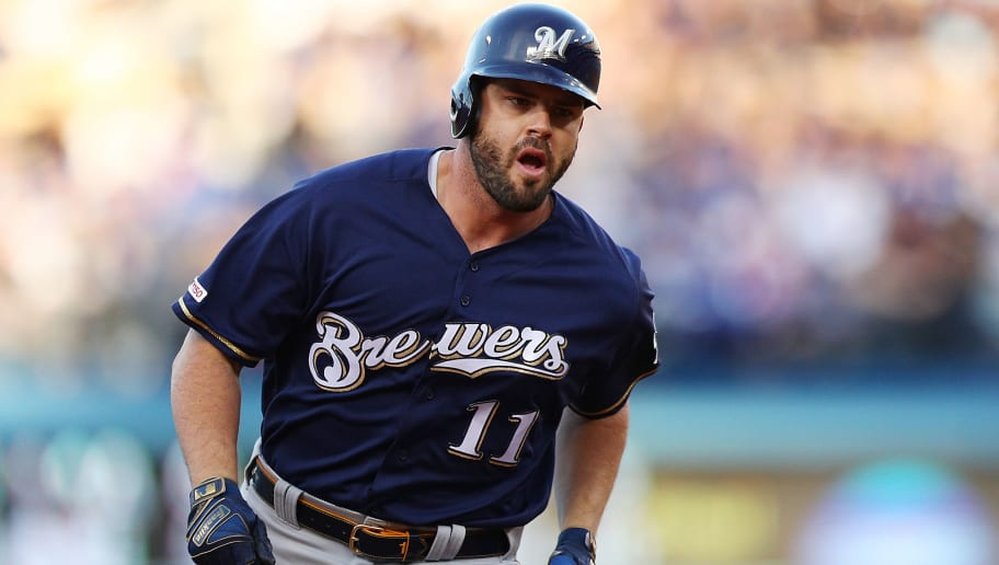 newest 2a3ca 79863 Mike Moustakas Surprisingly Won't Hit IL Despite Fractured ...