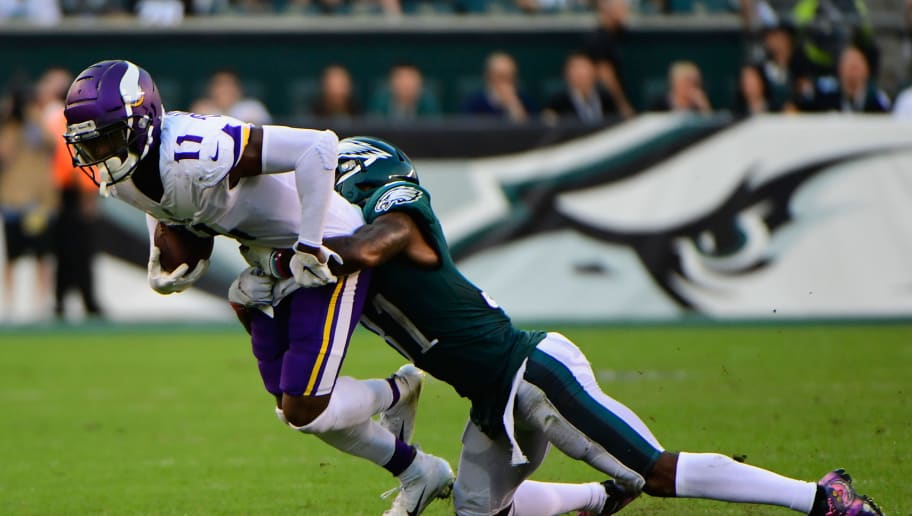 PHILADELPHIA, PA - OCTOBER 07:  Wide receiver Laquon Treadwell #11 of the Minnesota Vikings is tackled by cornerback Jalen Mills #31 of the Philadelphia Eagles during the second quarter at Lincoln Financial Field on October 7, 2018 in Philadelphia, Pennsylvania.  (Photo by Corey Perrine/Getty Images)