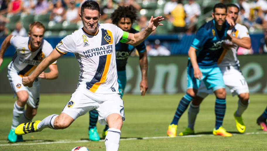 CARSON, CA - SEPTEMBER 25:  Robbie Keane #7 of Los Angeles Galaxy scores a penalty kick goal during Los Angeles Galaxy's MLS match against Seattle Sounders at the StubHub Center on September 25, 2016 in Carson, California.  The Seattle Sounders won the match 4-2. (Photo by Shaun Clark/Getty Images)