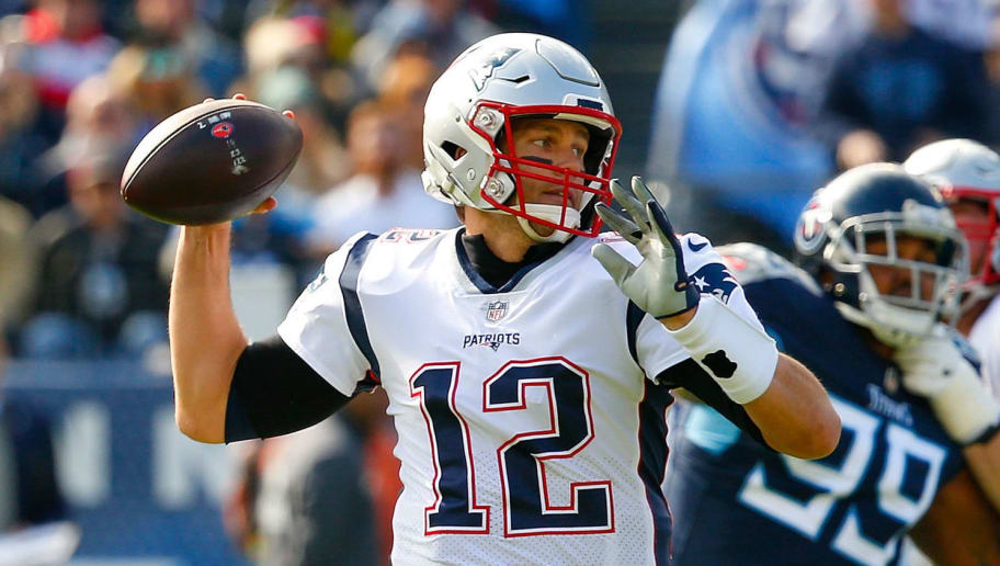 1cc6cd754 Tom Brady Limited in Wednesday's Practice With a Knee Injury | 12up