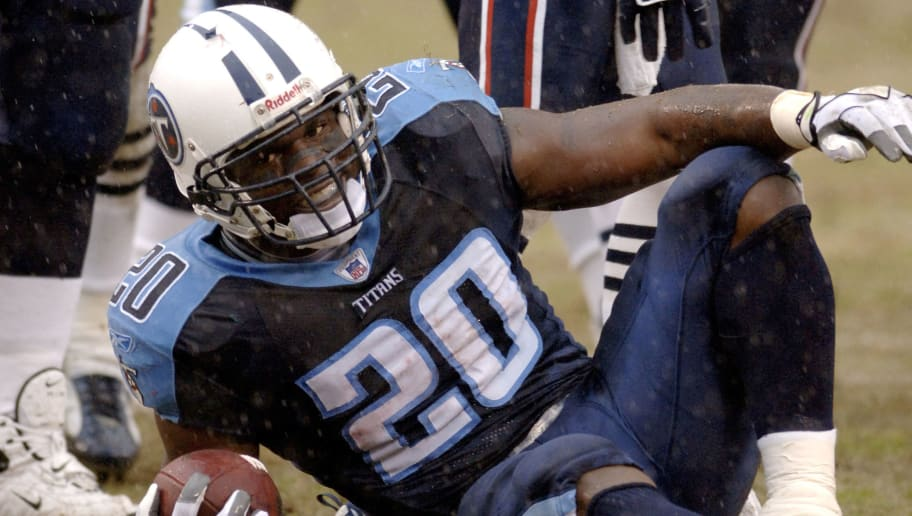 Travis Henry of the Tennessee Titans during a game between the New England Patriots and Tennessee Titans at  LP Field in Nashville, Tennessee on December 31, 2006.  The Patriots won 40-23. (Photo by Joe Murphy/NFLPhotoLibrary)