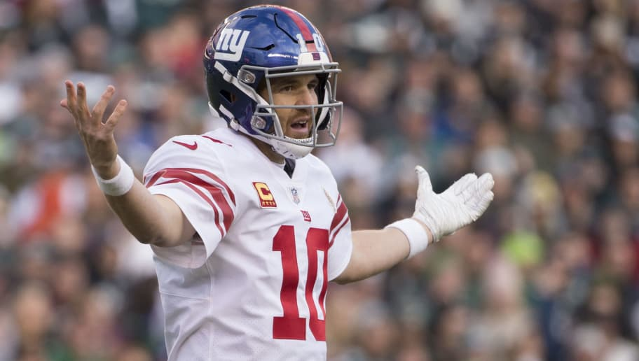 PHILADELPHIA, PA - NOVEMBER 25: Eli Manning #10 of the New York Giants reacts against the Philadelphia Eagles at Lincoln Financial Field on November 25, 2018 in Philadelphia, Pennsylvania. (Photo by Mitchell Leff/Getty Images)