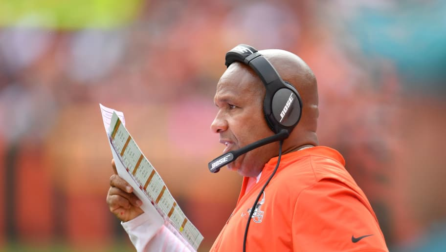 CLEVELAND, OH - OCTOBER 08: Head coach Hue Jackson of the Cleveland Browns looks on in the second half against the New York Jets at FirstEnergy Stadium on October 8, 2017 in Cleveland, Ohio. (Photo by Jason Miller/Getty Images)