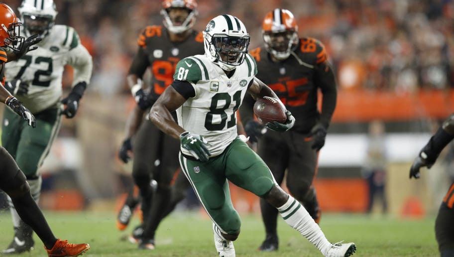 CLEVELAND, OH - SEPTEMBER 20: Quincy Enunwa #81 of the New York Jets runs with the ball after catching a pass during the game against the Cleveland Browns at FirstEnergy Stadium on September 20, 2018 in Cleveland, Ohio. The Browns won 21-17. (Photo by Joe Robbins/Getty Images)
