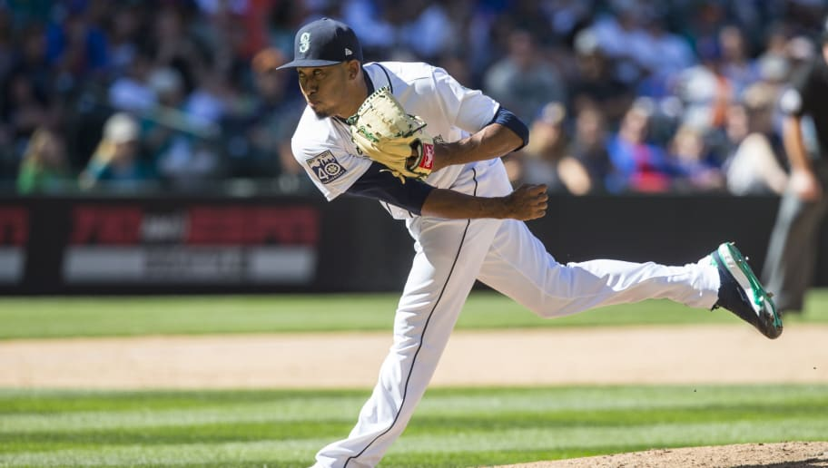 SEATTLE, WA - JULY 29: Reliever Edwin Diaz #39 of the Seattle Mariners delivers a pitch during an interleague game against the New York Mets at Safeco Field on July 29, 2017 in Seattle, Washington. The Mariners won the game 3-2. (Photo by Stephen Brashear/Getty Images)
