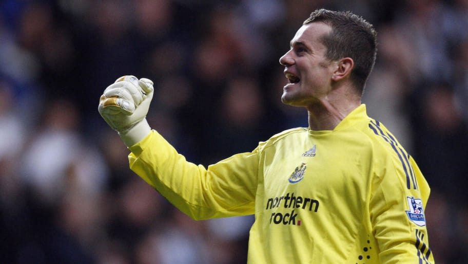 Newcastle United Irish goalkeeper Shay Given celebrates after French midfielder Charles N'Zogbia scored against Tottenham Hotspur during their English Premier League football match at St James Park in Newcastle, north east England on December 21, 2008. AFP PHOTO/PAUL ELLIS - FOR EDITORIAL USE ONLY Additional licence required for any commercial/promotional use or use on TV or internet (except identical online version of newspaper) of Premier League/Football League photos. Tel DataCo +44 207 2981656. Do not alter/modify photo. (Photo credit should read PAUL ELLIS/AFP/Getty Images)