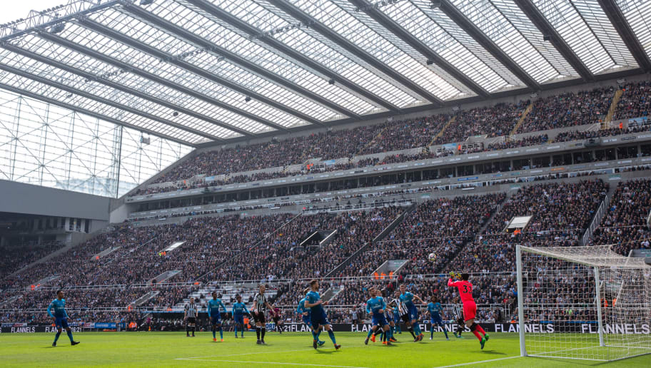 NEWCASTLE UPON TYNE, ENGLAND - APRIL 15: General view of match action at St James Park, home stadium of Newcastle united during the Premier League match between Newcastle United and Arsenal at St. James Park on April 15, 2018 in Newcastle upon Tyne, England. (Photo by Robbie Jay Barratt - AMA/Getty Images)