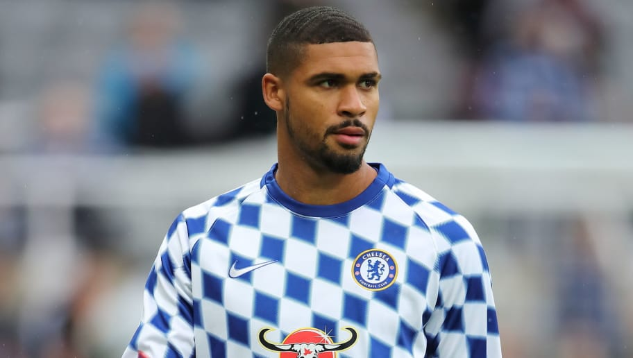 NEWCASTLE UPON TYNE, ENGLAND - AUGUST 26: Ruben Loftus-Cheek of Chelsea during the Premier League match between Newcastle United and Chelsea FC at St. James Park on August 26, 2018 in Newcastle upon Tyne, United Kingdom. (Photo by Matthew Ashton - AMA/Getty Images)