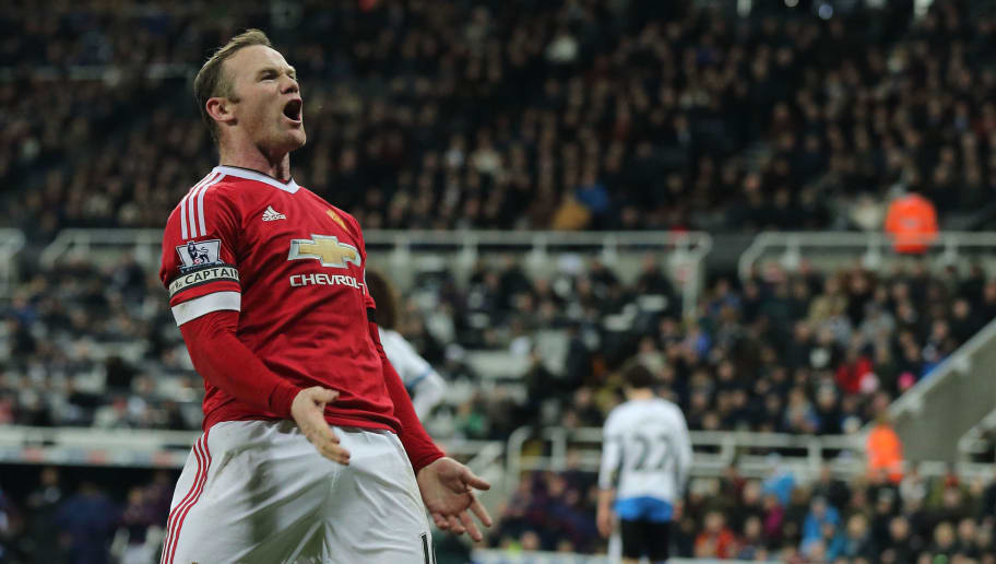 NEWCASTLE UPON TYNE, ENGLAND - JANUARY 12:  Wayne Rooney of Manchester United celebrates after scoring a goal to make it 2-3 during the Barclays Premier League match between Newcastle United and Manchester United at at St James' Park on December 19, 2015 in Newcastle Upon Tyne, England. (Photo by Matthew Ashton - AMA/Getty Images)