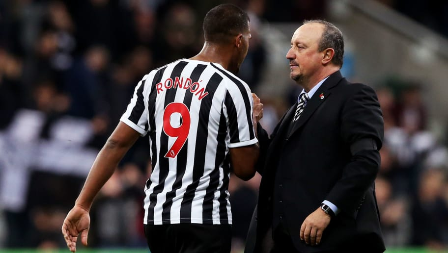 NEWCASTLE UPON TYNE, ENGLAND - NOVEMBER 03:  Salomon Rondon of Newcastle United shakes hands with Rafael Benitez, Manager of Newcastle United at the end of the match after the Premier League match between Newcastle United and Watford FC at St. James Park on November 3, 2018 in Newcastle upon Tyne, United Kingdom.  (Photo by Nigel Roddis/Getty Images)
