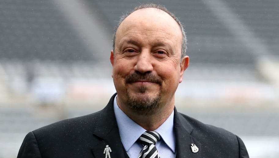 NEWCASTLE UPON TYNE, ENGLAND - DECEMBER 01:  Rafael Benitez, Manager of Newcastle United arrives at the stadium prior to the Premier League match between Newcastle United and West Ham United at St. James Park on December 1, 2018 in Newcastle upon Tyne, United Kingdom.  (Photo by Ian MacNicol/Getty Images)