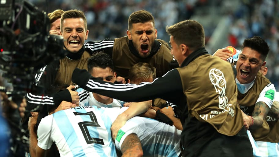 SAINT PETERSBURG, RUSSIA - JUNE 26:  Marcos Rojo of Argentina celebrates with teammates after scoring his team's second goal during the 2018 FIFA World Cup Russia group D match between Nigeria and Argentina at Saint Petersburg Stadium on June 26, 2018 in Saint Petersburg, Russia.  (Photo by Richard Heathcote/Getty Images)