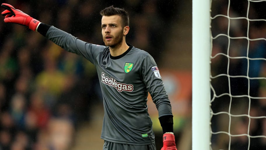 NORWICH, ENGLAND - APRIL 28:  Angus Gunn of Norwich City during the Sky Bet Championship match between Norwich City and Leeds United at Carrow Road on April 28, 2018 in Norwich, England. (Photo by Stephen Pond/Getty Images)
