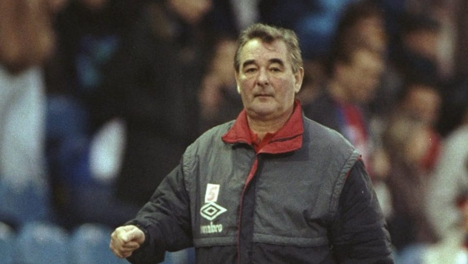 6 Jan 1991:  Nottingham Forest Manager Brian Clough walks along the sidelines during the FA Cup Third Round match against Crystal Palace at Selhurst Park in London. The match ended in a 0-0 draw. \ Mandatory Credit: Allsport UK /Allsport