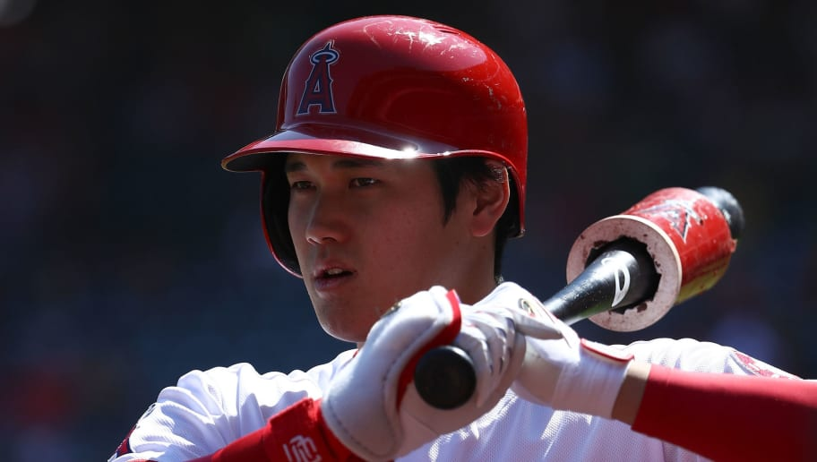 ANAHEIM, CA - SEPTEMBER 30:  Shohei Ohtani #17 of the Los Angeles Angels of Anaheim stands on-deck during the first inning of the MLB game against the Oakland Athletics at Angel Stadium on September 30, 2018 in Anaheim, California. The Angels defeatd the Athletics 5-4.  (Photo by Victor Decolongon/Getty Images)