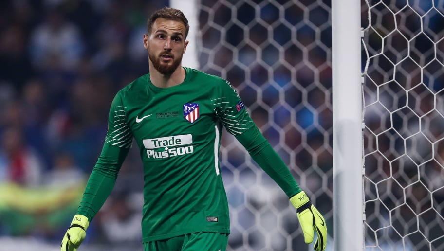 LYON, FRANCE - MAY 16: Jan Oblak #13 of Atletico Madrid reacts during the UEFA Europa League Final between Olympique de Marseille and Club Atletico de Madrid at Stade de Lyon on May 16, 2018 in Lyon, France. (Photo by Maja Hitij/Getty Images)