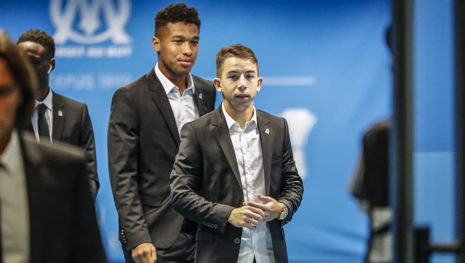 MARSEILLE, FRANCE - OCTOBER 25:  Maxime Lopez and Boubacar Kamara of Olympique de Marseille arrive to the stadium prior to the UEFA Europa League Group H match between Olympique de Marseille and SS Lazio at Stade Velodrome on October 25, 2018 in Marseille, France.  (Photo by Guillaume Ruoppollo - OM/Getty Images)