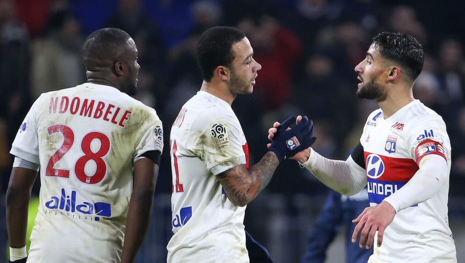 LYON, FRANCE - JANUARY 21: Memphis Depay and Nabil Fekir of Lyon celebrate the victory following the French Ligue 1 match between Olympique Lyonnais (OL) and Paris Saint Germain (PSG) at Groupama Stadium on January 21, 2018 in Lyon, France. (Photo by Jean Catuffe/Getty Images)